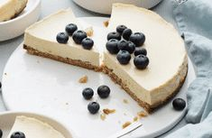 Check out the link in my linktree to get your own meal plan! Stevia, Keto Cake, Meal Planning, Cheesecake, Low Carb, Pudding, Healthy Recipes, Meals, Desserts