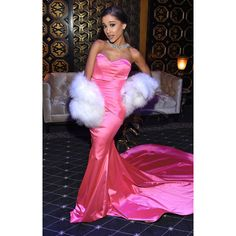 MTV Movie Awards 2016 The Red Carpet's Most Killer Looks ❤ liked on Polyvore featuring ariana grande