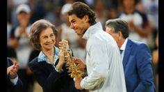 La Reina Sofia saluda al hijo ilustre de Espana. May 12, 2014