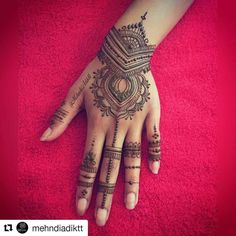#follow us @hennafamily #hennafamily  #Repost @mehndiadiktt  Good Morning here's Nazma's #EidMehndi #EidHenna  Finger inspiration from @hennaforallny --------------------------------------------------- Taking Bookings for 2016   To book Your Henna Appointment or for Further Information Send me an Email at  HinnasMehndi@Hotmail.com  Including: The date you require (2-3 days before your wedding/function day) Your Name Your Full postcode What you would like to get done for example if you want…