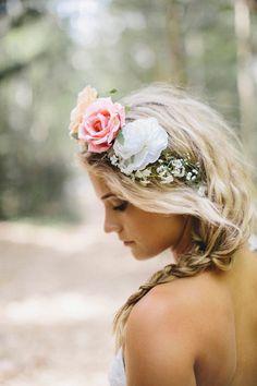 Coroa de flores.