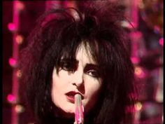 Siouxsie and the Banshees : Dear Prudence (with Robert Smith) HQ