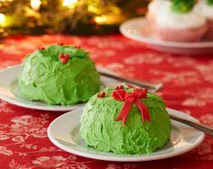 Individual Wreath Cakes using a mini-bundt pan