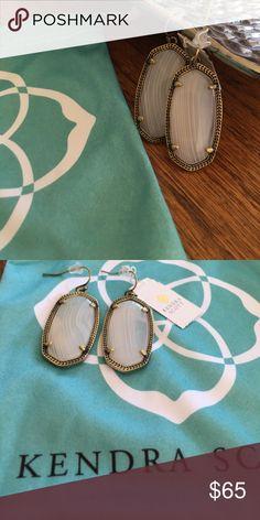 Kendra Scott Elle Earrings Brand new with tags. Comes with dust bag. Kendra Scott Jewelry Earrings