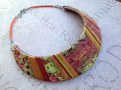Torque necklace polymer clay pattern monochrome / lime green and burgundy