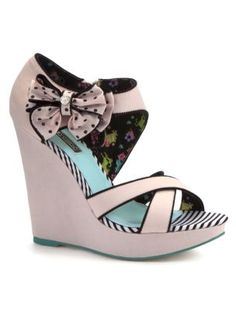 Discover the latest trends with New Look's range of women's, men's and teen fashion. Pink Wedge Sandals, Strappy Wedges, Shoes Heels Wedges, Wedge Heels, Shoes Sandals, Shoe Gallery, Teen Fashion, New Look, Casual Shoes