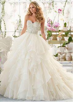 Fabulous Organza Sweetheart Neckline Ball Gown Wedding Dresses with Beadings & Rhinestones
