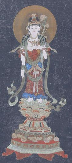 Buddhist Painting Kannon Guanyin. Circa mid Edo period. Japanese hanging scroll painting.