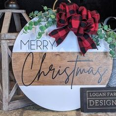 Front Door Christmas Decorations, Christmas Front Doors, Front Door Decor, Christmas Wreaths, Christmas Crafts, Christmas Door Hangers, Christmas Ideas, Southern Christmas, Merry Christmas To All
