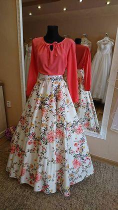 53 Ideas Skirt Design Western For 2019 Lehnga Dress, Dress Skirt, Waist Skirt, High Waisted Skirt, Indian Designer Outfits, Designer Dresses, Pretty Dresses, Beautiful Dresses, Indian Gowns Dresses