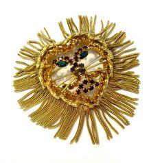 Vintage Lion Brooch Mesh Hair Brooch Pin Gold Lion Pendant Rhinestone Vintage Book Piece