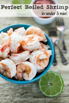 Click to see tips for great boiled shrimp every time! @NatashasKitchen Shrimp Dishes, Fish Dishes, Shrimp Recipes, Fish Recipes, Shrimp Pasta, Shrimp Salad, Soup Recipes, Dinner Recipes, Boiled Food
