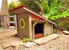 hillside contemporary dog house. SO CUTE! #designerdoghouse