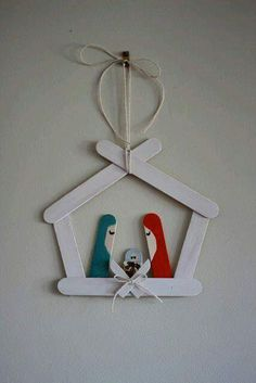 craft stick crafts for kids christmas Christmas Activities, Christmas Crafts For Kids, Diy Christmas Ornaments, Craft Stick Crafts, Homemade Christmas, Christmas Projects, Simple Christmas, Kids Christmas, Holiday Crafts