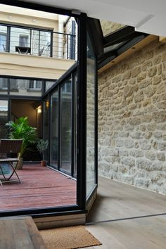 LIGNE DROITE | Grands Boulevards, PARIS II