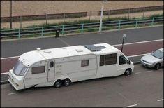 """Peugeot Boxer """"caravan"""" camping car."""