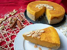 Voňavý tekvicový cheesecake so slušným množstvom bielkovín (Recept) Healthy Sweets, Cheesecake, Pie, Breakfast, Desserts, Cakes, Food, Mascarpone, Torte