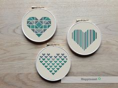 geometric modern cross stitch pattern heart set of 3 por Happinesst
