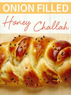 Get sweet and savory when you make this Onion Filled Honey Challah! Make your own for Shabbat when you follow this recipe! #liptonkosher http://www.joyofkosher.com/recipes/onion-filled-honey-challah/