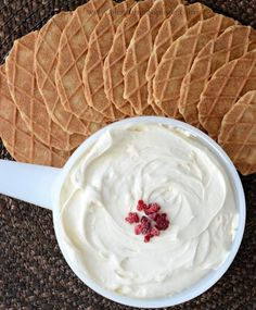 Easy and Delicious Cheesecake Dip recipe