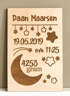 Laser Cutter Ideas, Laser Cutter Projects, Cnc Projects, Wood Slice Crafts, Wood Crafts, Diy Crafts, Nursery Name Decor, Birthday Photo Frame, Gravure Laser