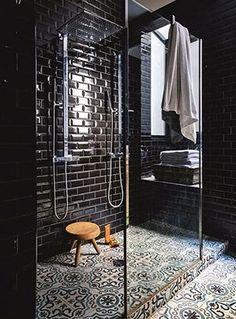 15 salles de bains noires qui nous ont tapé dans l'oeil !