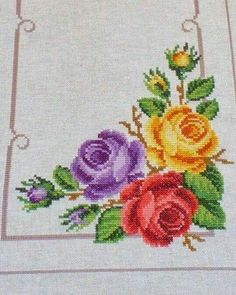This Pin was discovered by Gül Cross Stitch Rose, Cross Stitch Borders, Cross Stitch Flowers, Cross Stitch Charts, Cross Stitch Designs, Cross Stitching, Cross Stitch Patterns, Embroidery Patterns Free, Beaded Embroidery
