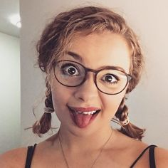 My hair is finally long enough to plait! Dodie Clark, Clarks, Carrie Hope Fletcher, Celebs, Celebrities, Girl Crushes, Role Models, Carry On, My Hair