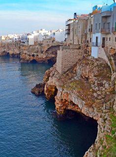 Overlooking the sparkling #AdriaticSea, the rocky coast of #PolignanoAMare is interspersed by some spots of #sandybeaches. #AriaLuxuryApulia #puglialuxuryholidays