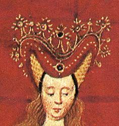 "A crown is worn over the roll. The headdress is worn over loose hair. The roll is pearled and has a brooch in the front. Image from David Aubert's ""Renaud de Montauban"""