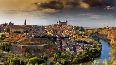 If you are traveling to Spain, you need to spend one day in Toledo. This medieval city is the former capital of Spain. Although Madrid is now considered the country's center, Toledo is still a spiritual capital and sacred spot for the locals. Madrid Barcelona, Imperial City, Cool Places To Visit, Places To Travel, Ibiza, Valencia, Toledo Spain, Spain Images, Sister Cities