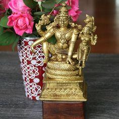 "124 Likes, 23 Comments - Padma (@padma_mv) on Instagram: ""Uplifting Monday blues, welcoming new week and new month, bring it on!! . . #vishnu #vishnulakshmi…"""