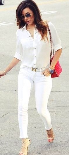 Only she could pull off white on white and look this good