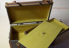 ••  Nuevo baúl de viaje en miniatura de diseño. por Mundomini en Etsy