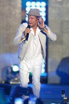 Brian Littrell Photos Photos - Brian Littrell from Back Street Boys performs on stage during iHeartSummer '17 Weekend hosted by AT