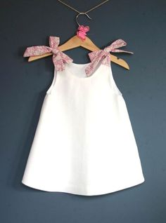 Robe bébé en lin bla