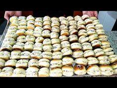 Mini Sanduíche (Salgadinhos para Festa) Faça e Ganhe Muito Dinheiro! - YouTube Brunch Cafe, Chocolate, Sandwiches, Dairy, Food And Drink, Bread, Cheese, Make It Yourself, Vegetables