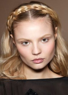 Braided headbands at Pucci fall/winter 2012 - Louloumagazine.com