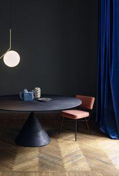 Cobolt blue velvet curtains. Depth in colour: https://www.benjaminmoorepaint.co.uk: