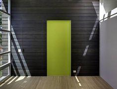 green-door-design-weaving-house-architecture.jpg (590×450)