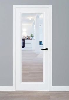 Outline | Schöne Türen Outline, Windows, Mirror, Furniture, Home Decor, Ceiling Medallions, Nice Asses, Homemade Home Decor, Mirrors