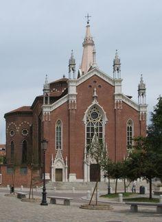Novara, Chiesa del Sacro Cuore