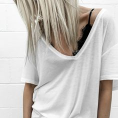 Discover recipes, home ideas, style inspiration and other ideas to try. Insta Models, Block Dress, Buy Dress, Dress To Impress, Vintage Ladies, Winter Fashion, Girl Fashion, Street Style, Style Inspiration