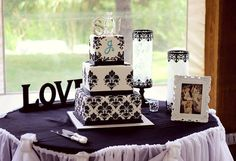 Damask wedding cake - square cakes go further than round when cutting up for guests