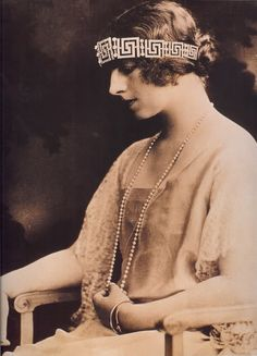 Queen Marie of Romania passed the greek key tiara onto her daughter-in-law, Princess Helen of Greece, when she married Crown Prince Carol on 10 March Royal Crown Jewels, Royal Crowns, Tiaras And Crowns, Romanian Royal Family, Greek Royal Family, Adele, Images Of Princess, Princesa Victoria, Greek Royalty