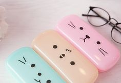 So cute, I could use some. I only use hard cases for my glasses because I'm sort of a klutz and have broken sunglasses before just wearing them so I want to be extra careful with my prescription glasses.