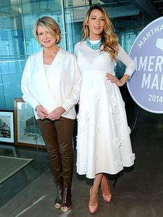Blake Lively: Obsessed with the all white & turquoise necklace. #Classic