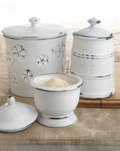 ♥♥♥ these canisters!