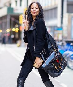 The Victoria& Secret Fashion Show casting in New York this week brought a bevy of model-off-duty street style looks to catalogue. 30 Outfits, Cool Outfits, Fashion Outfits, Womens Fashion, Black Outfits, Fashion Tips, Winter Outfits, Fashion Trends, Street Style 2016
