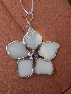 Stained Glass Forget Me Knot Flower - Suncatcher - White - Pink - Spring - Summer